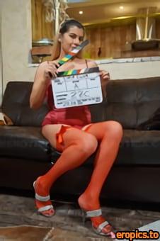 Baberotica Lika Luna - Lika Luna uses a sex toy on her shaved pussy hole - x86 - 5184px (11-06-2021)