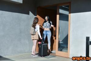 MYLF Winter Jade , Jasmine Jae - Girl's Weekend - 177x - 1620px (08-05-2020)