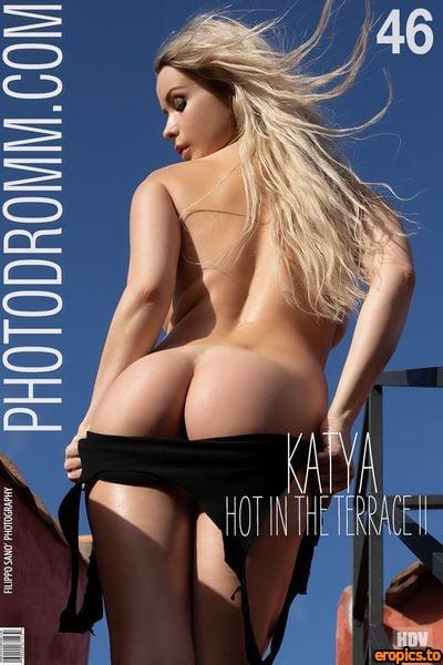 PhotoDromm Katya - Hot In The Terrace 2 - 46 pics - 3000px - Nov 16, 2020