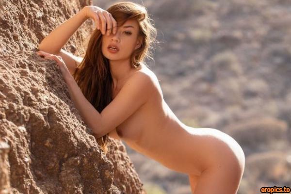 PlayboyPlus Clara in Life on the Edge x35 2739px (09-23-2020) (pre-release)