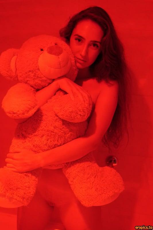 Plushies 15-04-2021-Apolonia Red Lips 96 pics 208 MB