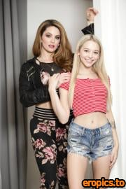 SweetheartVideo Crystal Taylor, Lily Larimar - Now Or Never (21.12.2020) - 369x