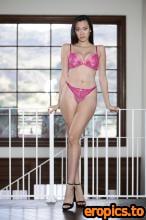 SweetheartVideo Gizelle Blanco, Madi Laine - Lesbian Massage 6 (24.05.2021) - 453x