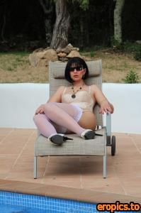 DesyrasNylonSex Ars Vivendi Cuban Style Nylons Over Oroblu Magie 20 Pantyhose 65 pics