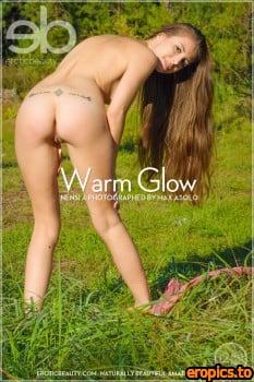 EroticBeauty Nensi A - warm glow