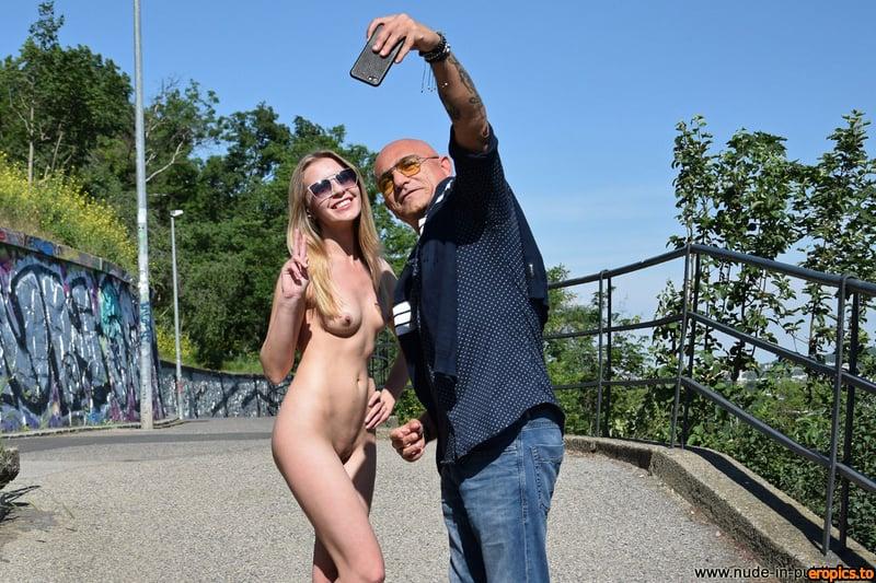 Nude-In-Public Luba A aka Bjorg Larson NIP05 243 pics 293 MB