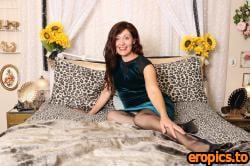 AuntJudys Kitty Elegant Velvet Dress, Corset, Nylons, High Heels - 172 Photos - 6000px - Sep 28, 2020