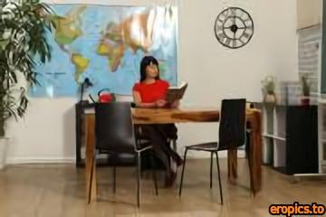 WetAndPuffy Julia Black - Labia Lessons, 3400px, x93, 2021-02-24