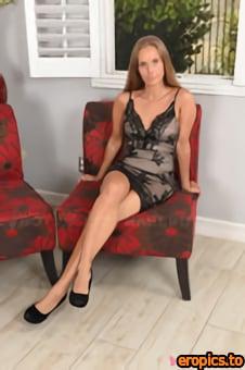 Baberotica Kinuski Kakku - Kinuski wants to wish you a Happy Birthday with a sexy video - x86 - 5184px (02-01-2021)