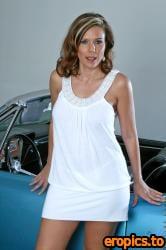 Anilos Victoria - #Blue Car - 97x
