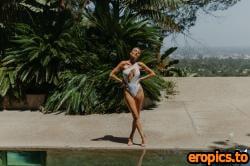 PlayboyPlus Jocelyn Binder in Secluded Getaway - 31 Photos - Sep 25, 2020
