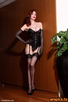 EmilyMarilyn Emily-Marilyn .black corset (x54) 1067*1600