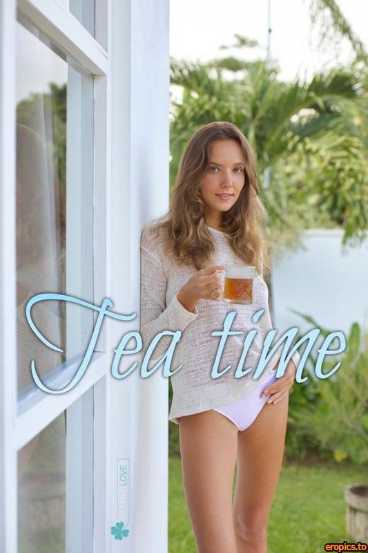 Katya-Clover Katya Clover - Tea Time - x92 - Jul 13, 2020