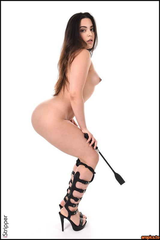 IStripper Ariana Van X - SWAT ME - CARD # 1601 - x 50 - 3000 x 4500 - April 12, 2021