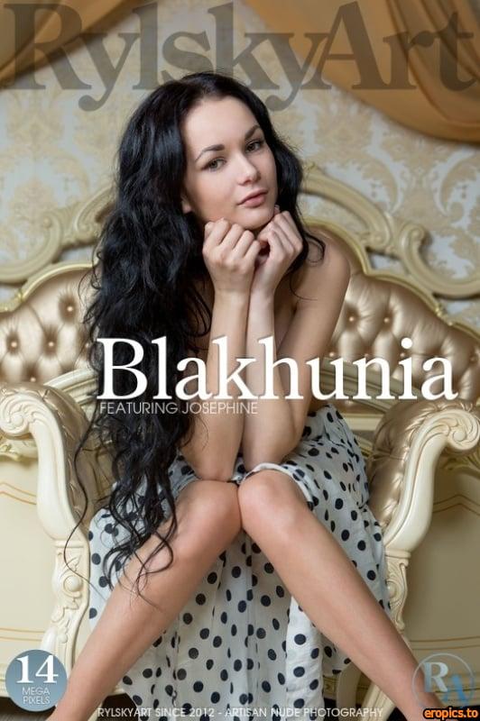 RylskyArt Josephine - Blakhunia (Jan 24, 5015) x50