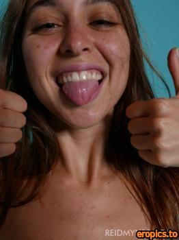 ReidMyLips Riley Reid - I'm Weird 183x 2000x1500 09-24-2020