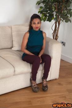 AuntJudys Lila - #Sexy Feet - 240x