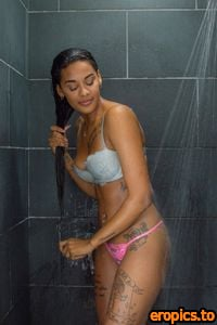 Cosmid Jameika Turner - Jameika's shower set - 3000px - 99 Pictures (Sep 8, 2020)