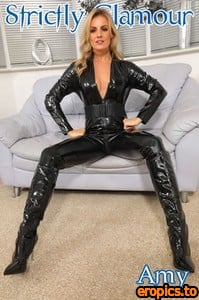 StrictlyGlamour - Amy Green - Catsuit - 295 mb - 105 pics - Released 25/2/21
