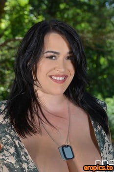 DDFBusty Leanne Crow - Voluptuous Private Curvy Soldier Gets Naked In The Forest (x75)