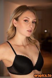 GirlfriendsFilms Charlotte Sins, McKenzie Lee - Women Seeking Women 176 (14.09.2020) - 235x