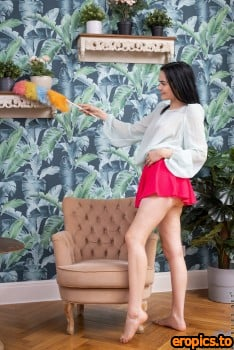 Nubiles Mileva Time For A Tease May 3, 2021 x80