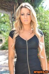 SkinTightGlamour Harriette Taylor - Dont Walk Away - x155 - 4500px - 2021-01-14