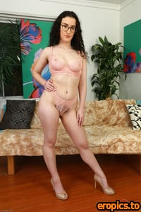 ATKHairy Lyra Lockhart - Young and Hairy - Set #383799 - 179 images (05.28.21)